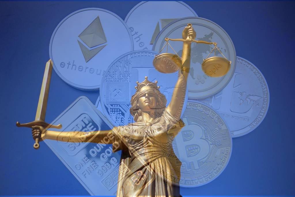 Auf hoher See und vor Gericht... (Foto Justitia: WilliamCho; pixabay.com / Montage: tom/dkf)